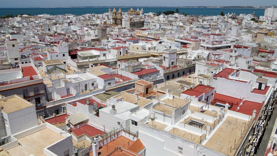 Cádiz: Blick über die Dächer nach Westen