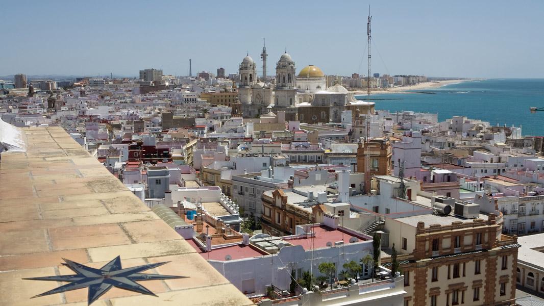 Cádiz: Blick über die Dächer nach Südosten