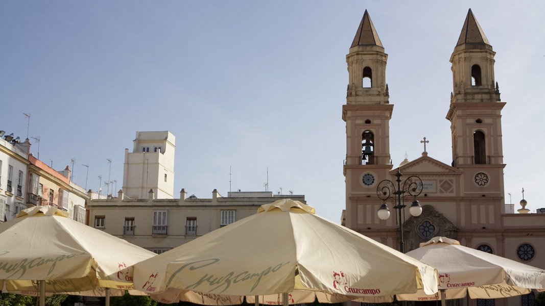 Cádiz: typischer 'Sillón' am Plaza de San Antonio